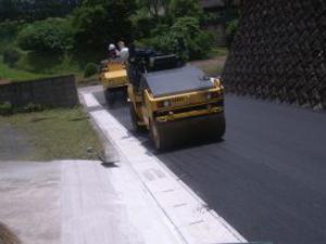 舗装工事施工写真3