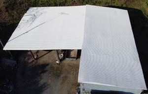 ドローン空撮による倉庫屋根工事