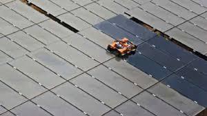 ソーラーパネル 掃除