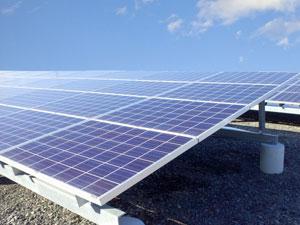 太陽光の定期巡回・メンテナンスサービスも行います