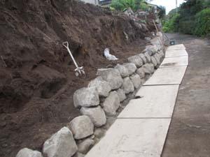 大雨災害 外構工事 ブロック積み中3