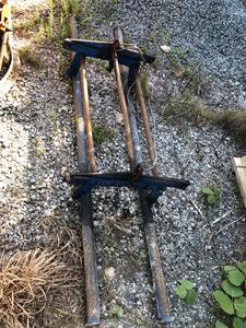 外構ブロックを吊る器具