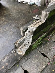 壊れたブロック 外構工事施工前