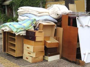 鹿児島で力仕事の人達が不用品回収をします