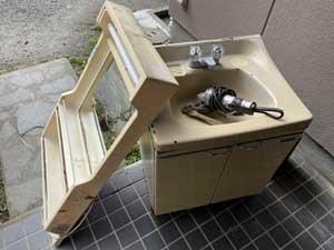 古民家の洗面台の入れ替え1